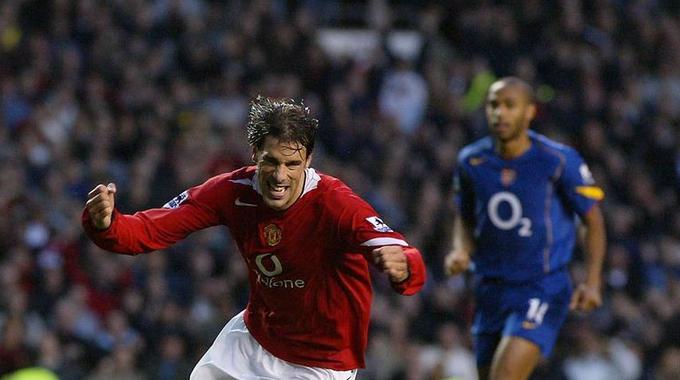 Arsenal – Man Utd và những màn đối đầu kinh điển trong quá khứ