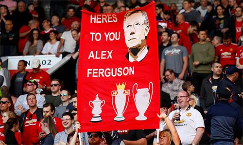 Thành công từ kỷ nguyên Ferguson đặt Man Utd vào vị trí rất thuận lợi để CLB đẩy mạnh khả năng kiếm tiền. Ảnh: Reuters.