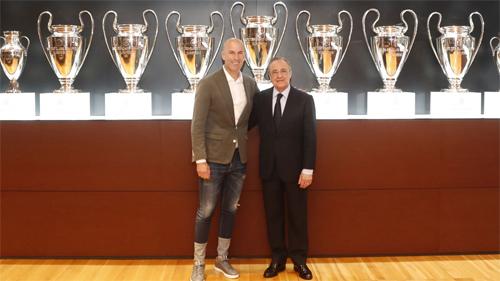 Zidane là giải pháp an toàn nhất với Perez và Real khi thay tướng. Ảnh: RealMadrid.com.