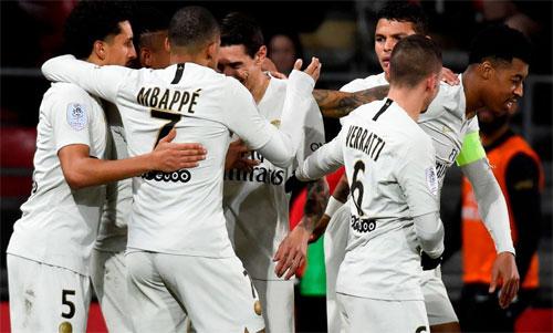 Mbappe và đồng đội dồn sức để sớm vô địch Ligue 1. Ảnh: Reuters