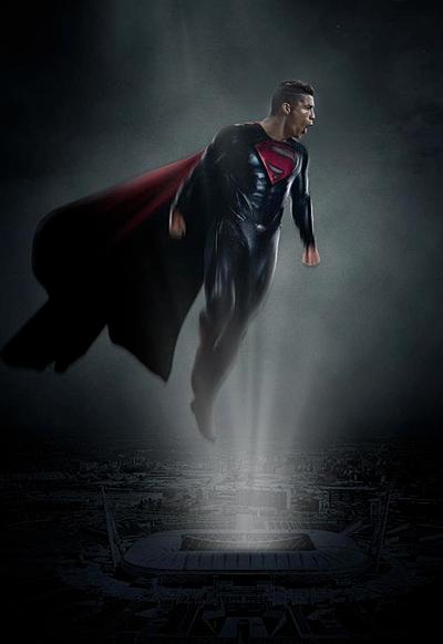 Và đối với các CĐV Juve, anh chẳng khắc nào một siêu nhân, xuất hiện để cứu rỗi họ.