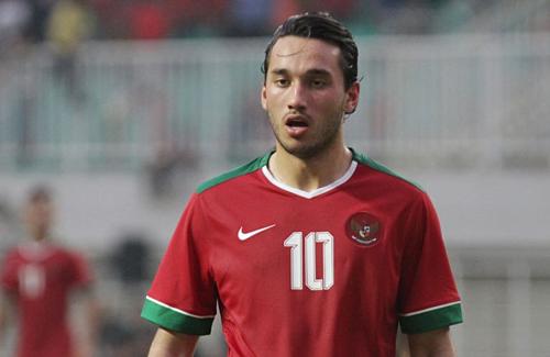 Ezra - sinh ra tại Hà Lan -từng khoác áo tuyển Indonesia năm 2017. Ảnh: Bola.