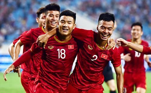 Việt Nam thắng đậm Brunei 6-0, nhưng đó không khác gì trận đấu tập. Ảnh: Giang Huy.