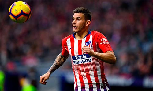 Hernandez là trụ cột của Atletico Madrid và tuyển Pháp từ khoảng một năm qua.