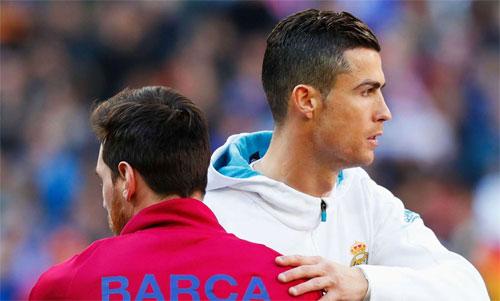 Khán giả không còn thường xuyên thấy Messi và Ronaldo so tài trực tiếp trên sân. Ảnh: Reuters