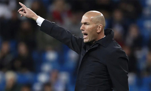 Zidane defends his son after taking Luca in La Liga over the weekend. Photo: Marca.