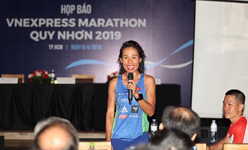 VĐV Tiểu Phương hy vọng VnExpress Marathon sẽ góp phần thúc đẩy phong trào chạy bộ. Ảnh:Đức Đồng.