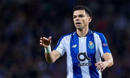 Pepe muốn Porto đi sâu và vô địch Champions League năm nay. Ảnh: Reuters