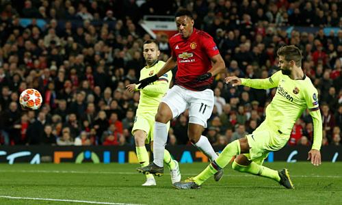 Man Utd cần màn trình diễn hoàn hảo mới hy vọng đánh bại Barca ở Nou Camp. Ảnh:Reuters.