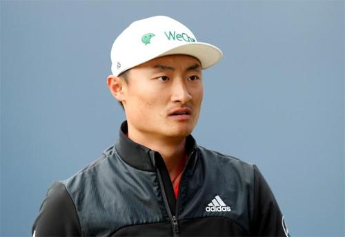 Li không biết sợ khi phải đối đầu với các golfer đẳng cấp hàng đầu thế giới. Ảnh: Reuters.
