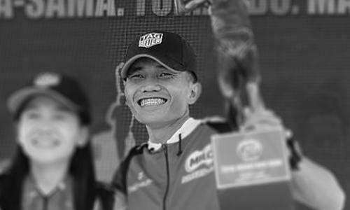 Poliquit (phải) về nhất tại giải Milo Marathon tháng 12/2018. Ảnh: ABS-CBN.