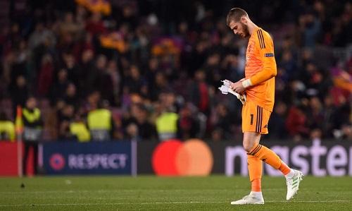 De Gea mắc sai lầm nghiêm trọng, dẫn đến bàn thua của Man Utd. Ảnh: AFP.