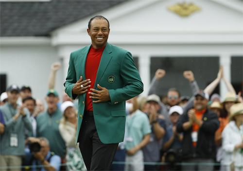 Woods 15 lần vô địch major, chỉ kém ba danh hiệu so với kỷ lục của Jack Nicklaus. Ảnh: AP.