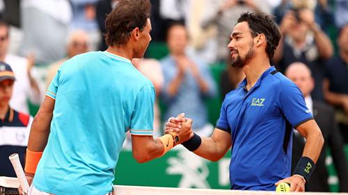 Fognini (phải) khiến Nadal thua tâm phục khẩu phục. Ảnh:Sky.