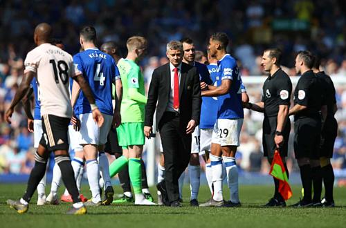 Solskjaer nhận thất bại nặng nề nhất từ khi dẫn dắt Man Utd. Ảnh:Reuters.