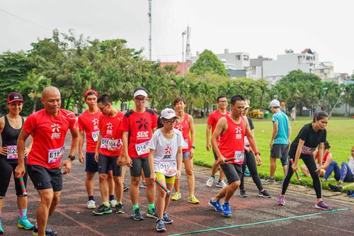 SRC là nhóm chạy lớn nhất ở phía Nam, với 10.000 thành viên online. Mỗi buổi tập của CLB luôn có không dưới 100 runner tham gia.