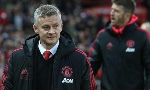 Solskjaer muốn Man Utd giữ quyết tâm vào top bốn sau trận thua Man City. Ảnh: Reuters.