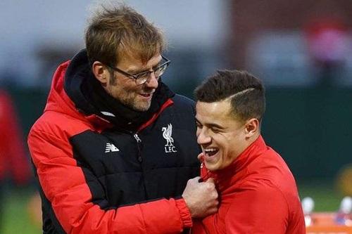 Klopp có cơ hội tái ngộ trò cũ Coutinho, hơn một năm sau khi anh này rời Liverpool. Ảnh: Reuters.