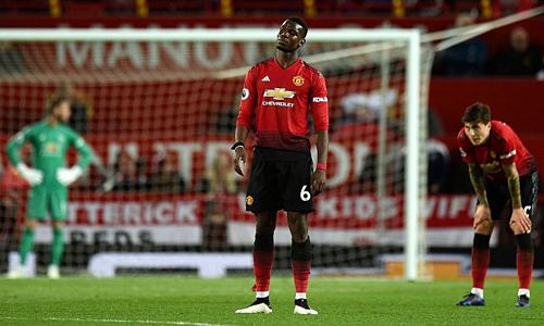 Pogba chơi dưới phong độ trong thời gian qua và được đồn đoán sẽ rời Man Utd hè 2019. Ảnh: AFP.