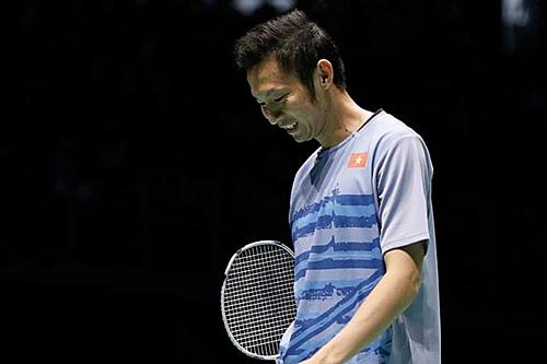 Tiến Minh từng bị Momota loại ở vòng một giải cầu lông châu Á 2018. Tính đến trước trận bán kết giải năm 2019, Tiến Minh thắng ba trong năm lần so tài với Momota, nhưng thua ở hai trận gần đây.