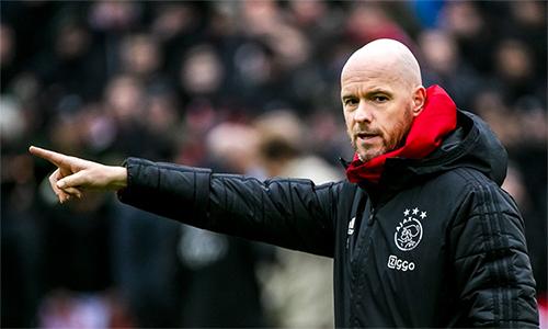 HLV ten Hag không cho rằng Ajax được ưu ái hơn Tottenham. Ảnh: Reuters.