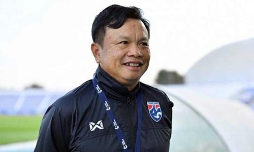 HLV Sirisak bắt đầu dẫn dắt Thái Lan từ vòng chung kết Asian Cup 2019.