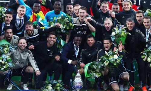 Ajax đang tận hưởng hương vị thành công. Ảnh: DS
