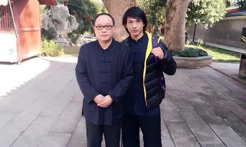Thanh Phong (phải) sẽ đại diện cho Võ Đang ở đại hội võ thuật Tân Cương. Ảnh: QQ.