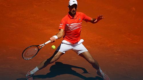 Djokovic hoàn toàn áp đảo bại binh quen thuộc của anh - Chardy.