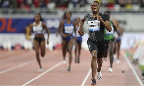 Semenya đang yếu thế trong cuộc tranh cãi với IAAF. Ảnh: Reuters.