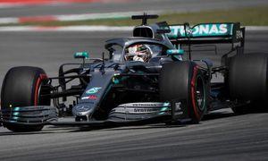 Hamilton về nhất chặng Tây Ban Nha