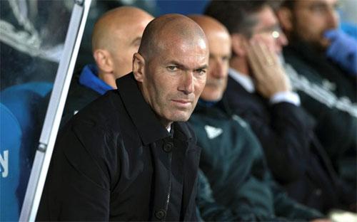 Zidane mới chỉ biết thắng trên sân nhà sau khi trở lại.