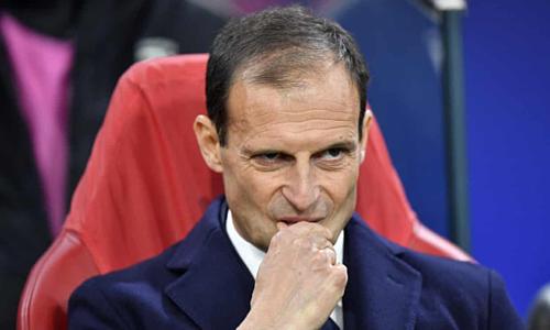 HLV Allegri chia tay Juventus với năm chức vô địch Serie A, bốn Cup Italy và hai Siêu Cup Italy. Ảnh: AP.