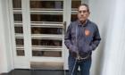 Phó chủ tịch CLB tự xích người vào cửa LĐBĐ Argentina