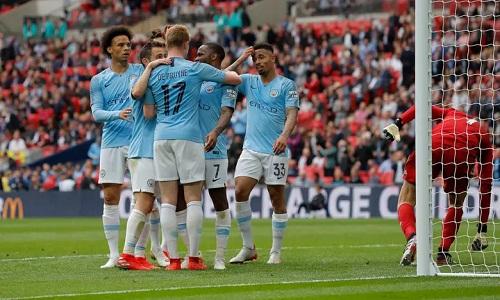 Man City tỏ ra quá mạnh so với Watford. Ảnh: Guardian.