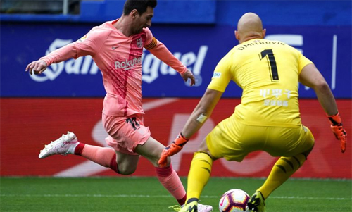 Messi ghi bàn không biết mệt mỏi hơn chục năm qua. Ảnh: Reuters