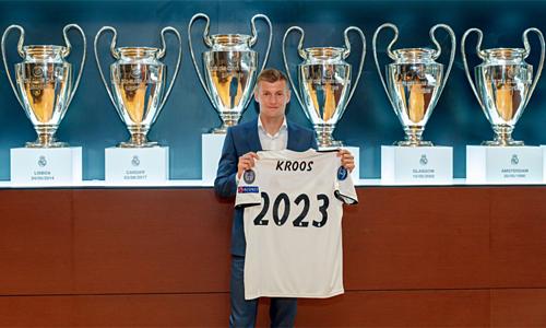 Đóng góp thầm lặng nhưng hiệu quả của Kroos cho Real được đội bóng ghi nhận với việc giữ chân anh thêm một năm.