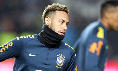 Quan hệ giữa Neymar và PSG ngày càng xấu đi. Ảnh: Reuters.