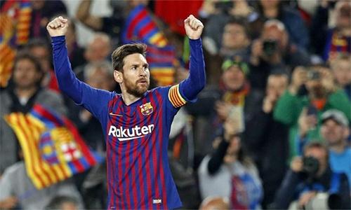 Messi từng đoạt chiếc Giày Vàng với 34 bàn (2010), 50 bàn (2012), 46 bàn (2013), 37 bàn (2017), 34 bàn (2018) và 36 bàn (2019).
