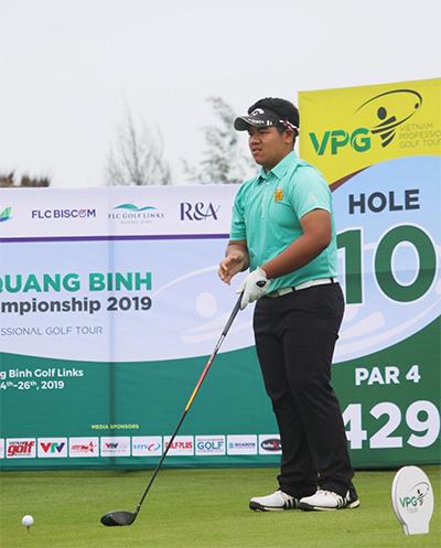 Vòng cuối tệ hại khiến Pitipat lỡ cơ hội vô địch VPG Tour trong lần đầu tham dự.