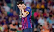 Messi cúi đầu trong thất bại ở chung kết Cup Nhà Vua