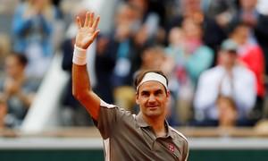 Roger Federer 3-0 Lorenzo Sonego