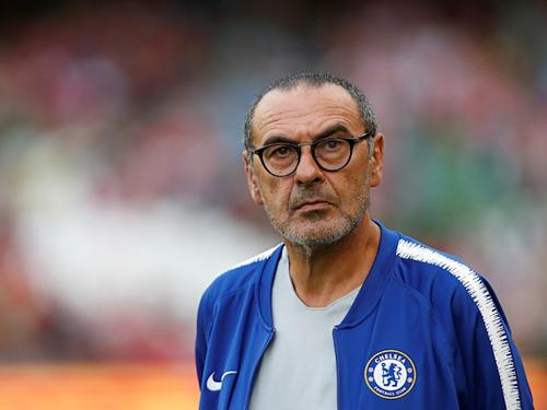 Sarri có cơ hội giành danh hiệu lớn đầu tiên trong trận đấu có thể là cuối cùng ở Chelsea. Ảnh:Reuters.