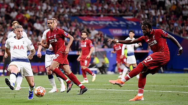 Origi chỉ có ba pha dứt điểm ở Champions League mùa này, nhưng anh ghi được ba bàn.