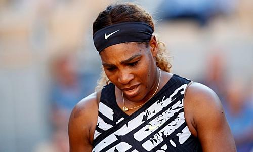 Serena bất ngờ dừng bước trước tay vợt đồng hương ở vòng ba. Ảnh: AP.