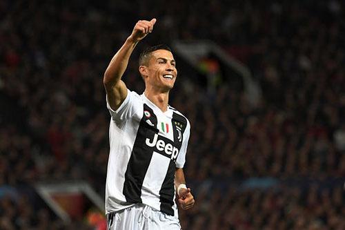 Ronaldo luôn là ngôi sao số một, dù khoác áo Man Utd, Real Madrid hay Juventus. Ảnh: Reuters.