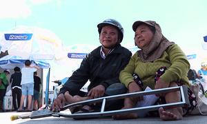 Vận động viên khuyết tật hào hứng tham dự VnExpress Marathon