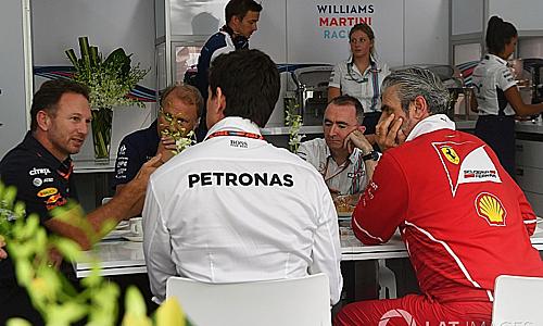Các đội đua bất đồng về kế hoạch tài chính cho F1 vào năm 2021. Ảnh: Motosport.