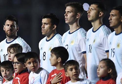 Messi và các đồng đội trẻ trung trong chiến thắng giao hữu 5-1 trước Nicaragua. Ảnh:AFP.