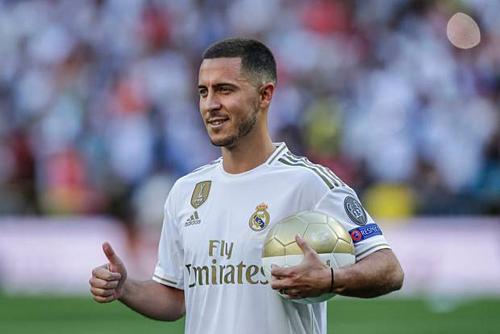 Hazard được định giá 135,8 triệu nhưng Real có thể phải chi hết 190 triệu USD cho hợp đồng với Chelsea. Ảnh:AFP.